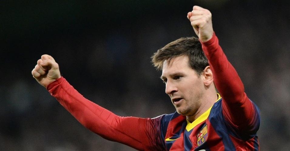 18.fev.2014 - Messi comemora após abrir o placar para o Barcelona contra o Manchester City, pelas oitavas de final da Liga dos Campeões