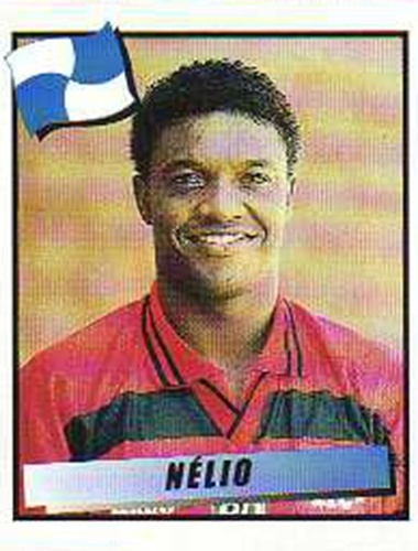 Nélio - Meia-atacante rápido, formado no Flamengo no fim dos anos 80. Nélio foi importante na conquista da Copa do Brasil de 1990 e do Brasileirão de 1992, ambas pelo Fla. É irmão do lateral Gilberto. Atuou em vários times pequenos, se aposentando em 2010.