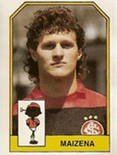 Maizena - Goleiro campeão pelo São Paulo, em 1989. Maizena também ganhou títulos estaduais pelo Inter, Sport e Fortaleza
