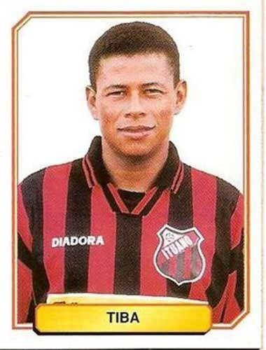 Tiba - Atacante que se destacou defendendo o Bragantino em 1990. Valorizado, Tiba chegou a defender o Corinthians em 1997, e Ituano, em 1998
