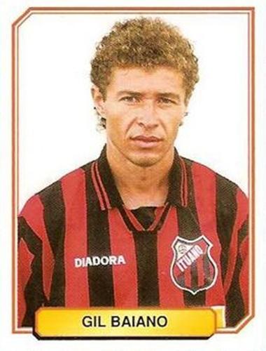 Gil Baiano - Despontou no Bragantino, conquistando o título paulista de 1990. Lateral direito, teve passagens pelo Palmeiras e Atlético-PR, tendo como ponto alto a convocação para a seleção brasileira