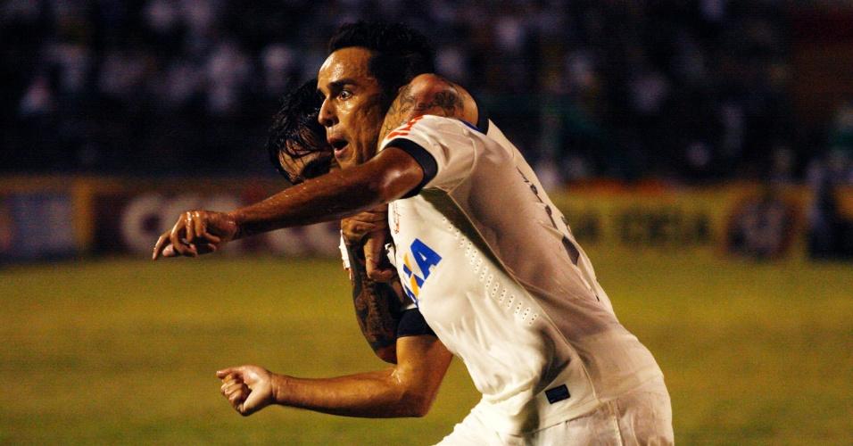 Jadson comemora gol do Corinthians contra o Oeste pelo Campeonato Paulista