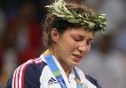 Após tragédias e medalha olímpica, lutadora tenta última chance no UFC