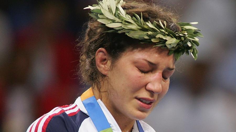 Sara foi prata em 2004 e tem 11 vitórias e 3 derrotas no UFC - Getty Images