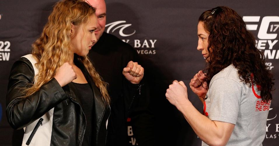 Campeã peso galo feminino Ronda Rousey encara a desafiante Sara McMann antes do UFC 170