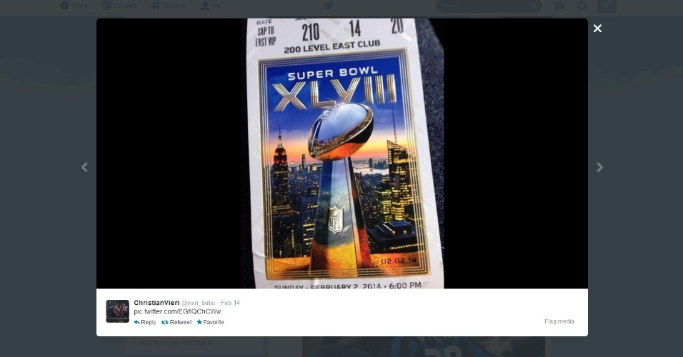 Ex-atacante Christian Vieri posta foto do ingresso do Super Bowl