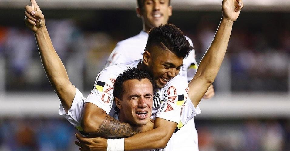 Gabriel Barbosa e Leandro Damião podem atuar juntos na equipe titular do Santos