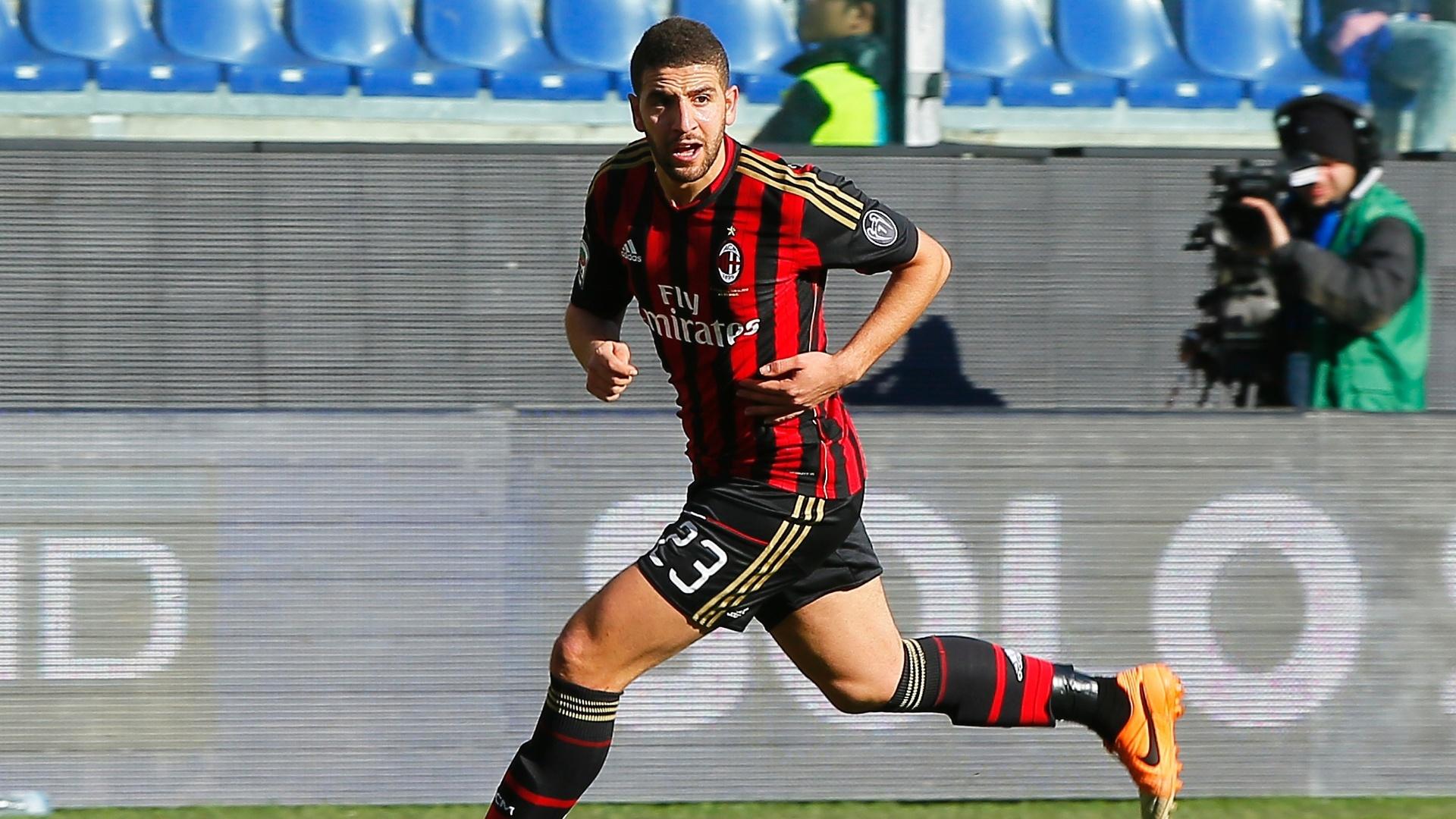 23.fev.2014 - O marroquino Taarabt fez o primeiro gol do Milan na vitória por 2 a 0 sobre o Sampdoria, pelo Campeonato Italiano