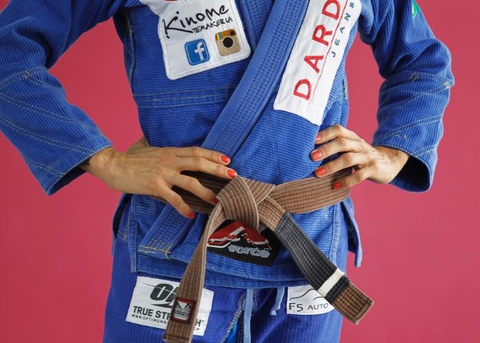 Syang: ex-Casa dos Artistas no jiu-jítsu - BOL Fotos - BOL Fotos