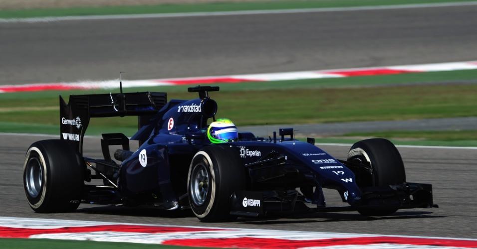 01.mar.2014 - Felipe Massa levou a Williams para a pista neste sábado no Bahrein
