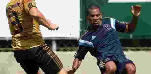 Mazinho pode voltar a ter o futebol que lhe deu o apelido de Messi Black - Cesar Greco/Ag Palmeiras/Divulgação