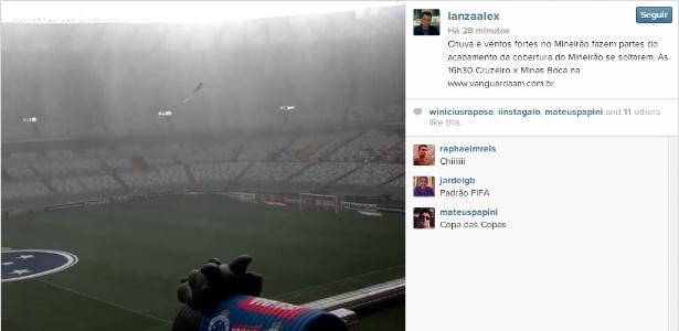 Parte da cobertura do estádio do Mineirão cedeu e caiu dentro de campo