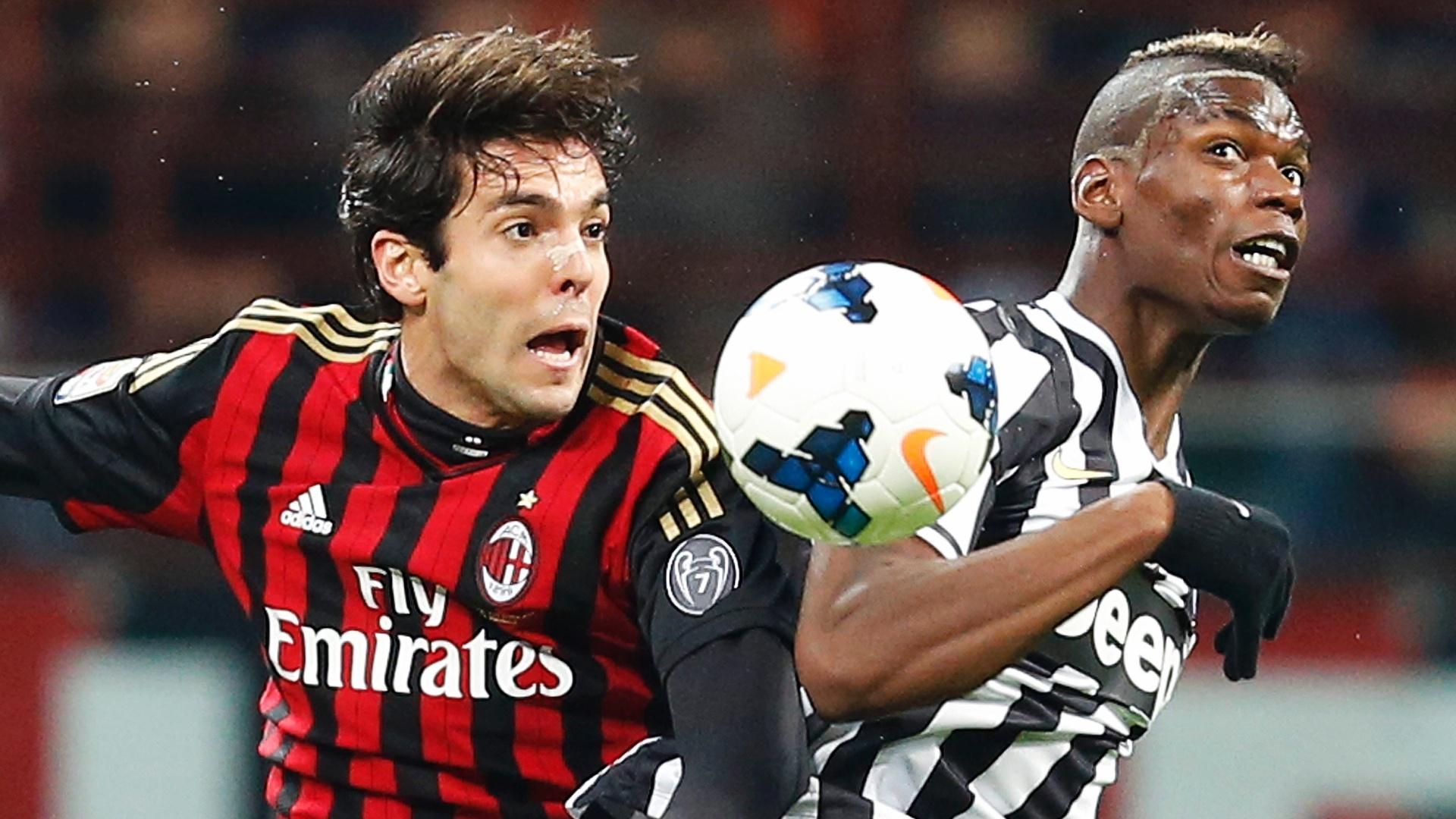 02.mar.2014 - Meia Kaká disputa bola com Pogba, no clássico entre Milan e Juventus, no estádio San Siro, pelo Campeonato Italiano