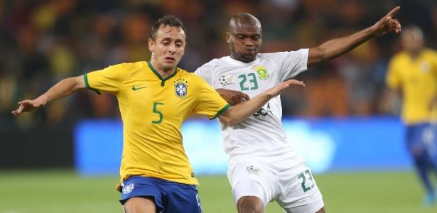 Rafinha aparece como um dos jogadores preferidos dos internautas para ir à Copa-2014