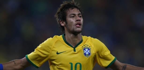 Neymar comemora após marcar o segundo do Brasil no amistoso contra a África do Sul