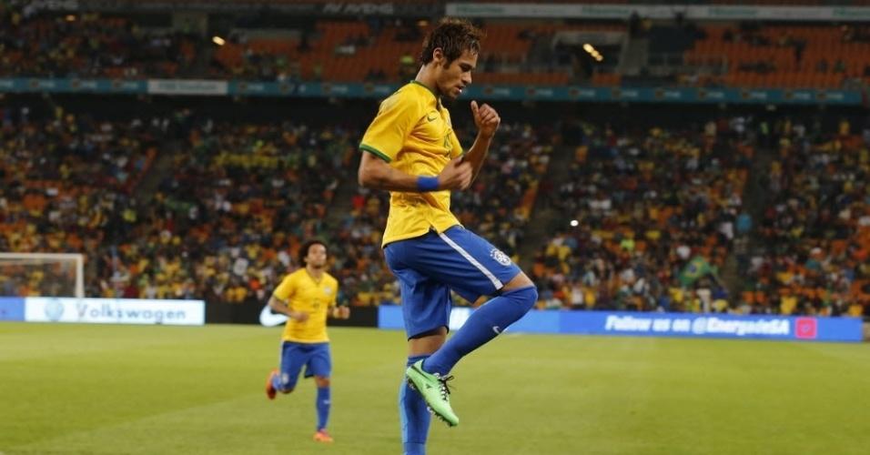05.mar.2014 - Neymar faz homenagem ao grupo humorístico 'Porta dos Fundos' ao comemorar seu primeiro gol na vitória da seleção brasileira sobre a África do Sul