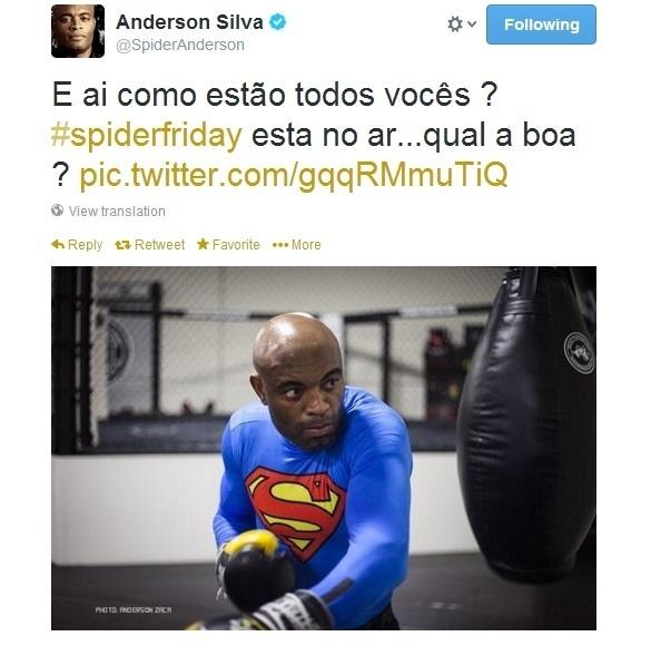 Anderson Silva vestido de Super-Homem