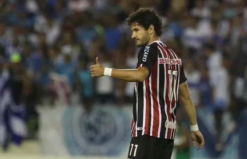 12.03.14 - Alexandre Pato em sua estreia pelo São Paulo contra o CSA na Copa do Brasil