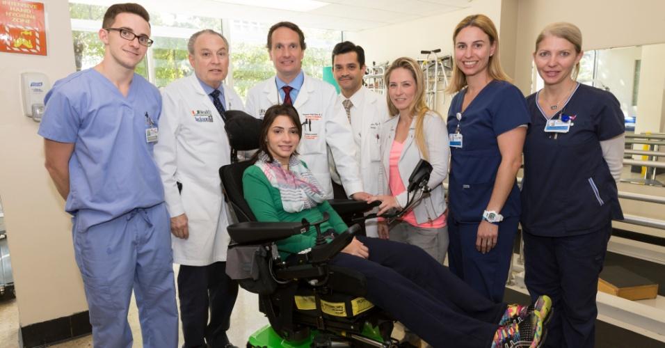 Laís Souza agradeceu ao carinho dos fãs direto do hospital nos Estados Unidos