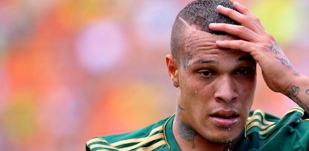 Volante França defendeu o Palmeiras e foi emprestado ao Figueirense em 2014