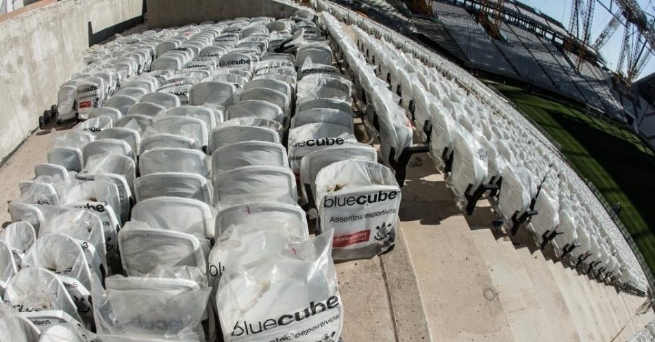 Apesar de estar com mais de 90% de sua conclusão, alguns assentos do Itaquerão não foram colocados