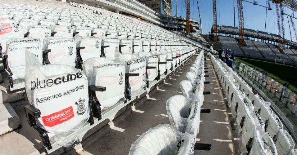 Cadeiras do estádio Itaquerão conta com assentos acolchoados