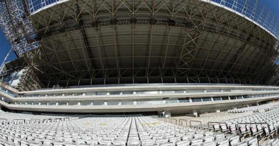 Visão das cadeiras do Itaquerão para as cabines de transmissão das partidas que serão disputadas pelo Corinthians e pelas seleções da Copa