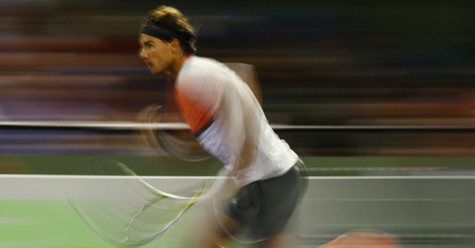 22.03.2014 - Rafael Nadal corre e fica distorcido no Masters 1000 de Miami