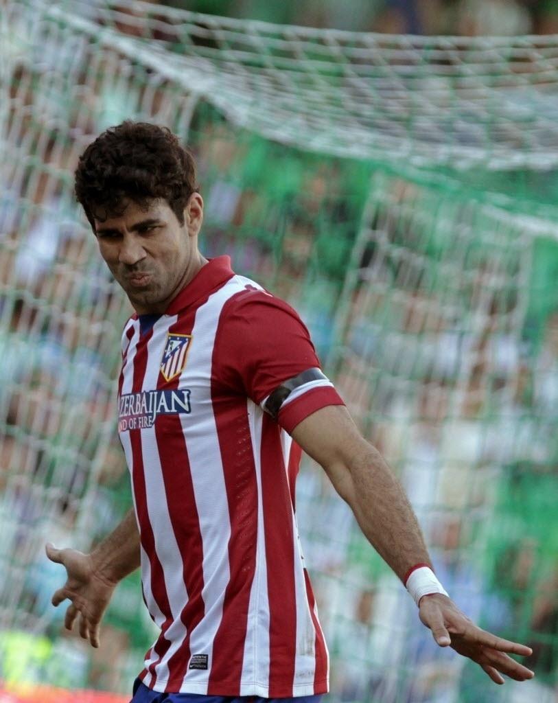 23.03.2014 - Diego Costa comemora seu gol contra o Bétis