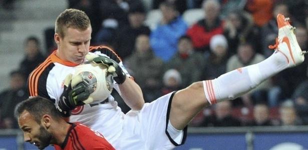 Bernd Leno é goleiro do Leverkusen - EFE/Stefan Puchner