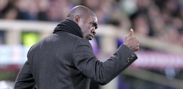 Holandês deixa o clube após 16 jogos na primeira divisão espanhola