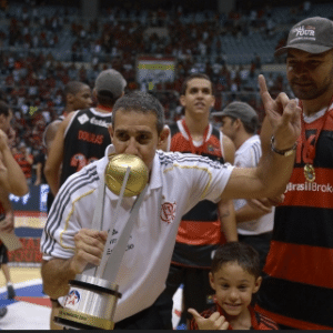 José Neto tenta levar o Flamengo a mais uma conquista no NBB