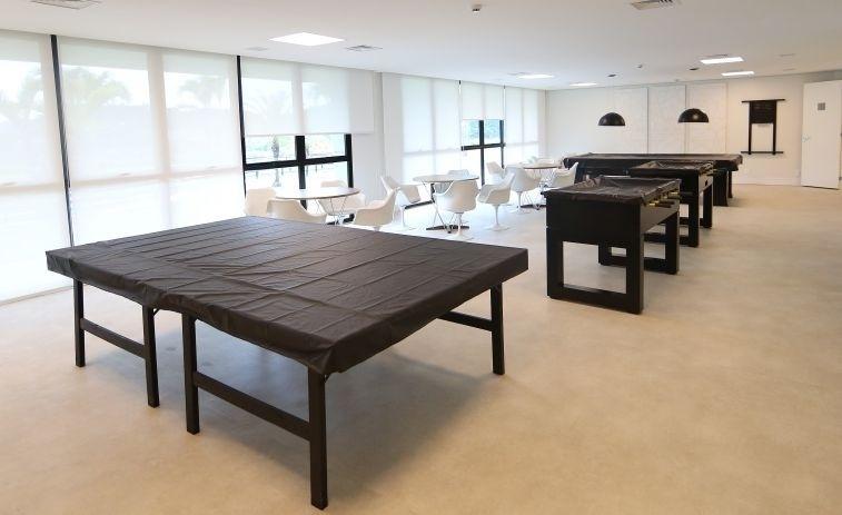 Nas horas livres, os jogadores poderão se divertir na área de lazer com 'ping-pong', pebolim (ou totó) e sinuca