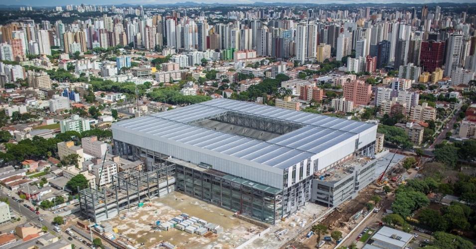 20.mar.2014 - A Arena da Baixada está localizada no bairro Água Verde da cidade de Curitiba, no Paraná