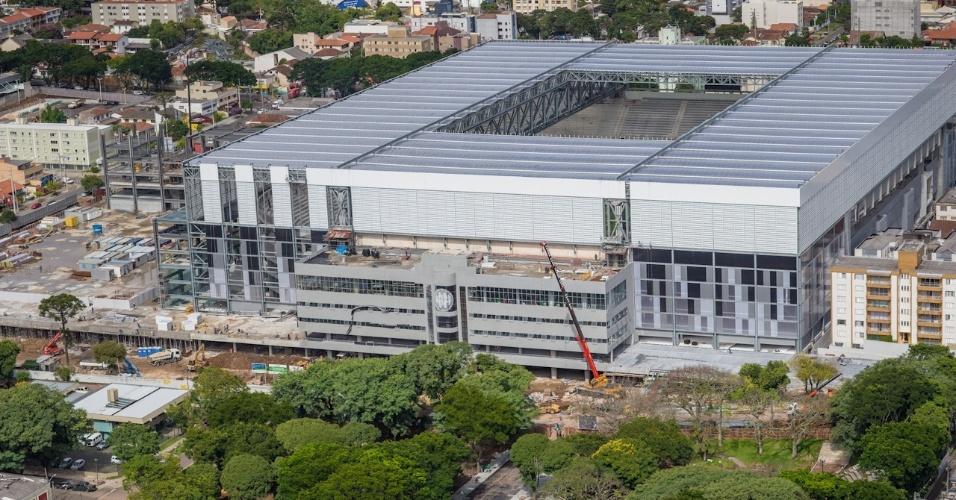 20.mar.2014 - A Arena da Baixada terá capacidade para 42 mil pessoas quando completa