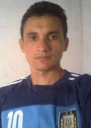 """Hélio Andrade de Souza prefere ser chamado de Lionel Hélio Argentino para homenagear os jogadores que considera """"verdadeiros guerreiros"""""""