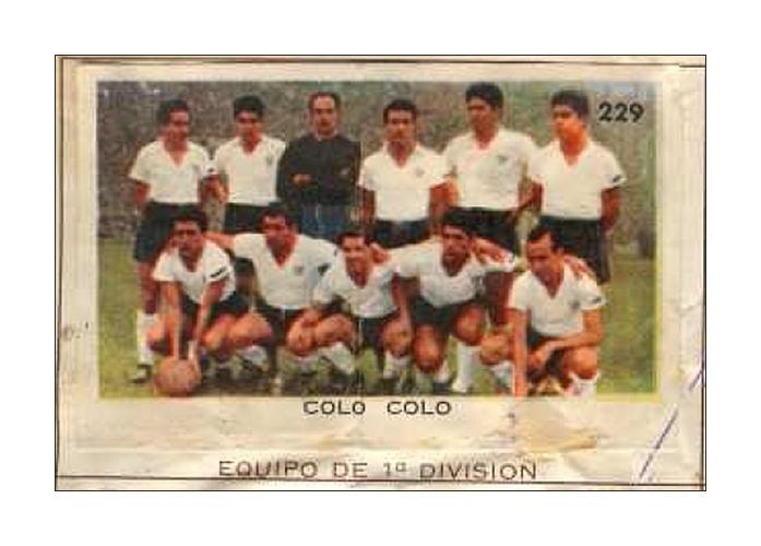 Colo Colo: No álbum de 1962, todas as equipes da primeira divisão do Chile apareceram no álbum, aumentando o número de atletas presentes que não jogaram o torneio