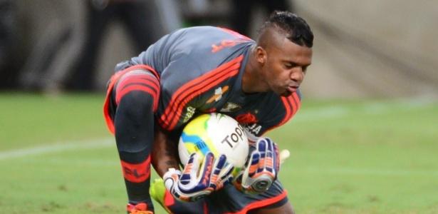 Reforço do Bragantino, goleiro Felipe teve passagem pelo Flamengo entre 2011 e 2014
