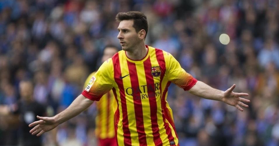 29.mar.2014 - Messi comemora após abrir o placar para o Barcelona no clássico contra o Espanyol