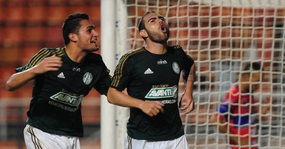 02.04.14 - Bruno César comemora gol do Palmeiras contra o Vilhena pela Copa do Brasil