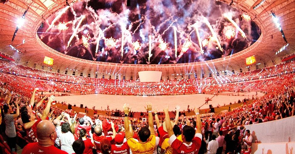 05 abr 2014 - Festa de reinauguração do Beira-Rio celebrada em Porto Alegre