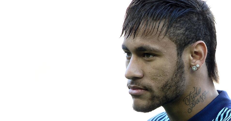 05.04.2014 - Neymar foi poupado o time titular pelo técnico do Barcelona para a partida decisiva da Liga dos Campeões contra o Atlético de Madri