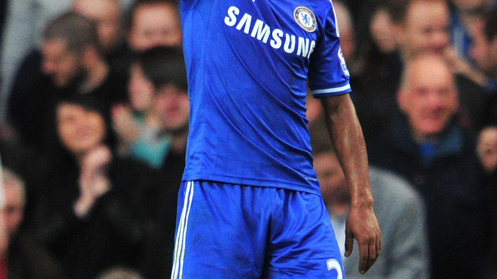 06.04.2014 - Meia brasileiro do Chelsea Willian vibra após marcar um belo gol no triunfo da sua equipe