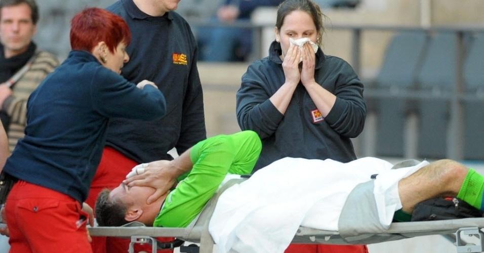 07.abr.2014 - Provável terceiro goleiro da Bélgica na Copa do Mundo de 2014, Koen Casteels lesionou a tíbia no último domingo (06/04) durante o empate de seu time, o Hoffenheim, com o Hertha Berlim, por 1 a 1, pelo Campeonato Alemão. Ele teve que passar por uma cirurgia e perderá todo o resto da temporada europeia.