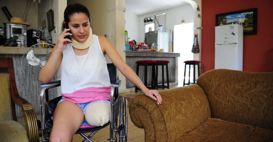 08.04.14 - Jogadora de futebol colombiana Yady Fernández, que perdeu parte da perna em um acidente de trânsito
