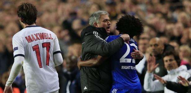 Willian negou que jogadores fizeram corpo mole para a saída de Mourinho