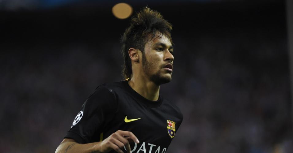 9.abr.2014 - Neymar corre durante a partida entre Atlético de Madri e Barcelona, pela Liga dos Campeões