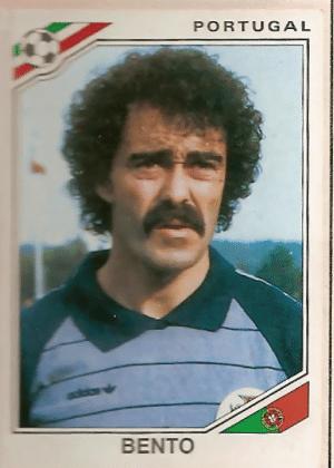 Bento/Portugal-1986: Sério, pode aparecer o português com o bigode que for. Não faremos piada sobre isso.