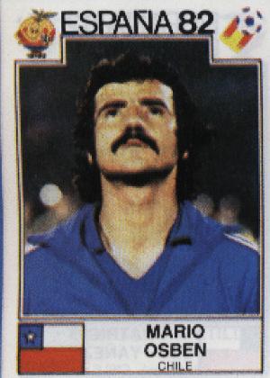 Mario Osben/Chile-1982: Olha lá a tática do nariz empinado de novo. Dá certo mesmo, como não ver essa bigodeira?