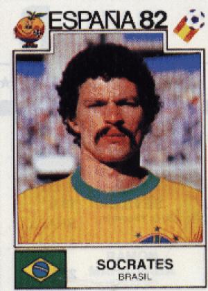 Sócrates/Brasil-1982: Sócrates nunca foi campeão do mundo, mas foi campeão no quesito bigode. Ou seja: respeito.